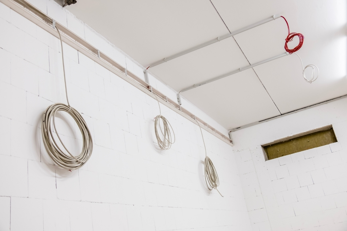 ceiling electric wiring installation