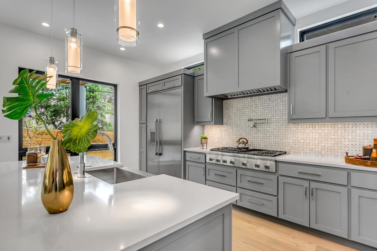 kitchen renovation idea maximized storage cabinets